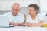 компенсации при увольнении пенсионерам