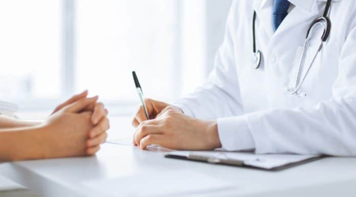 как проверить подлинность больничного листа