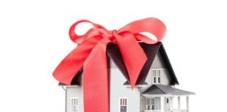 дарение квартиры близкому родственнику