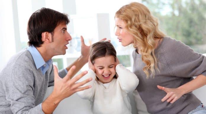 можно ли развестись через загс если есть несовершеннолетние дети