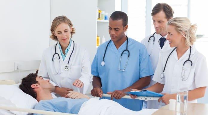 Как получить больничный уволенному сотруднику