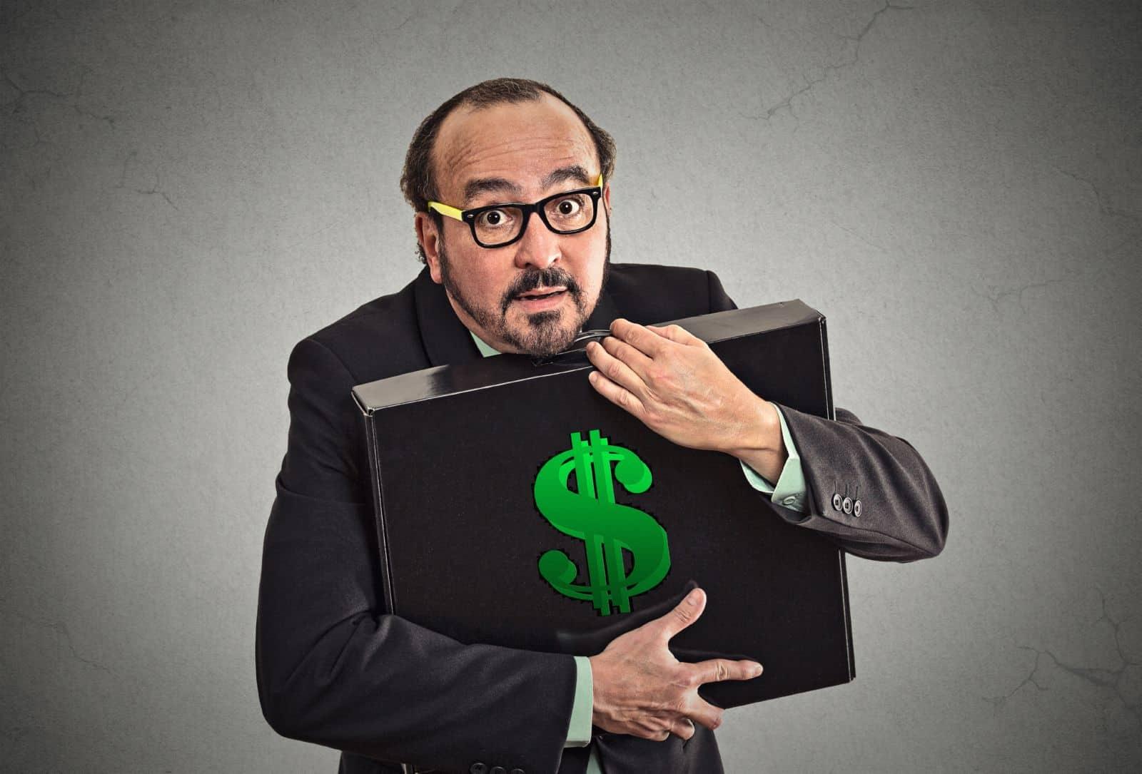 работодатель не выплачивает зарплату