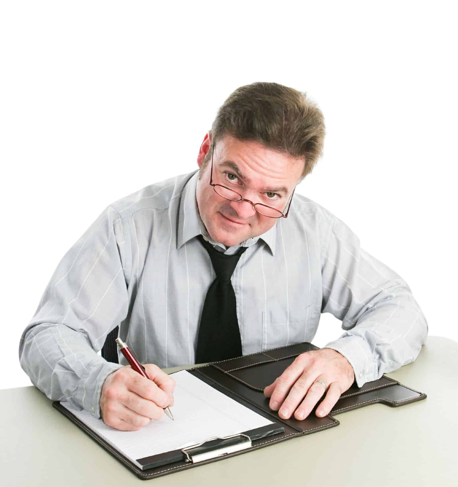 Как оформить увольнение работника по собственному желанию