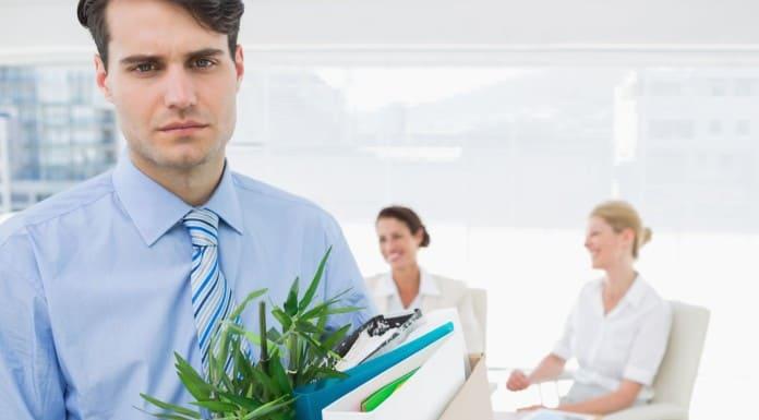 увольнение по обстоятельствам, не зависящим от воли сторон