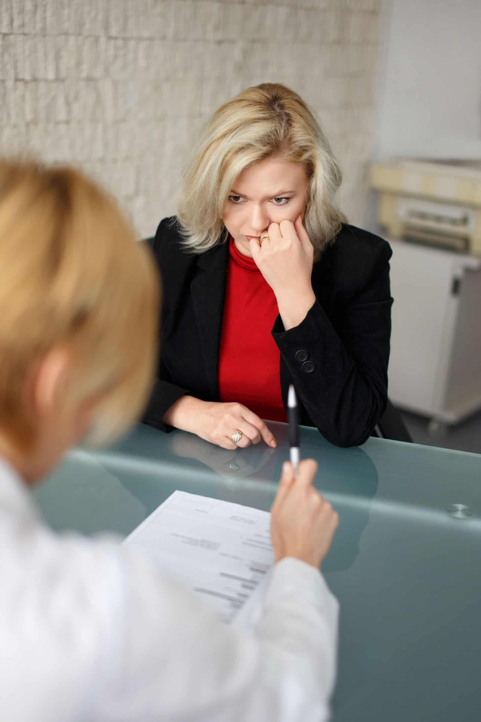 Что делать если работодатель заставляет написать об уходе по собственному желанию