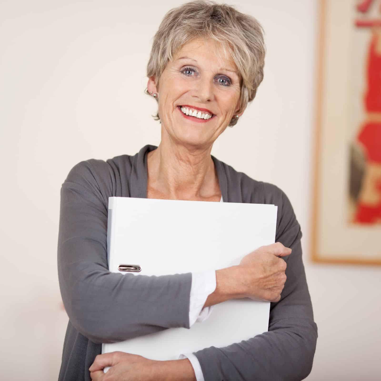 увольнение пенсионера по собственному желанию без отработки