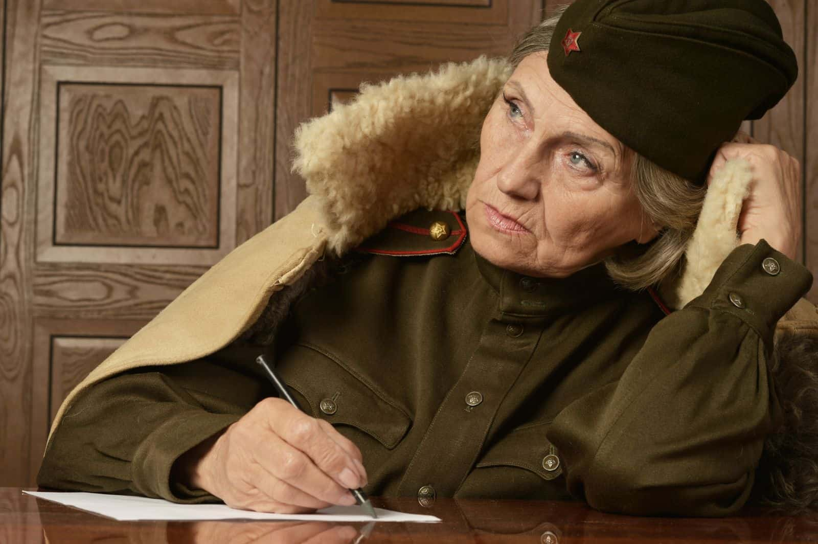 Что является дисциплинарным проступком военнослужащего