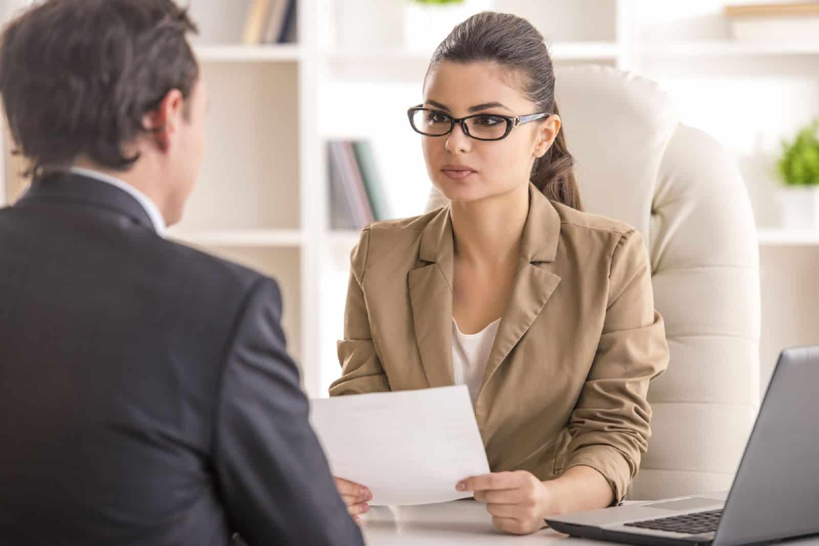Какие вопросы нужно задавать на собеседовании работодателю