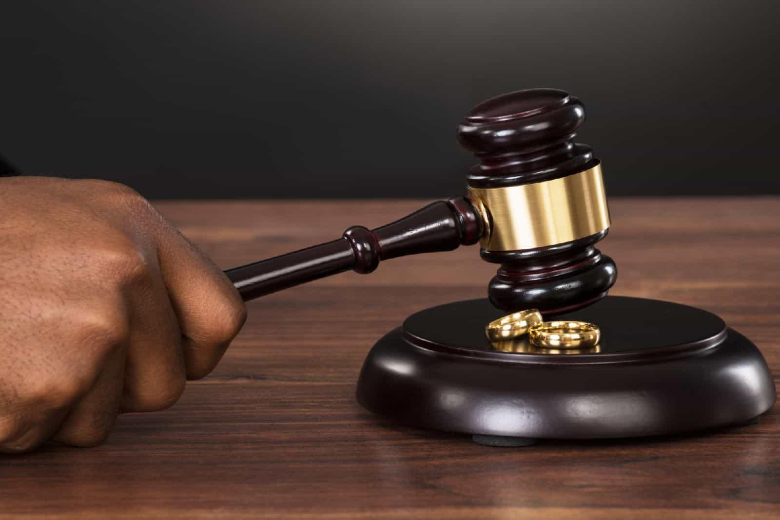 Решение суда о признании брачного договора недействительным