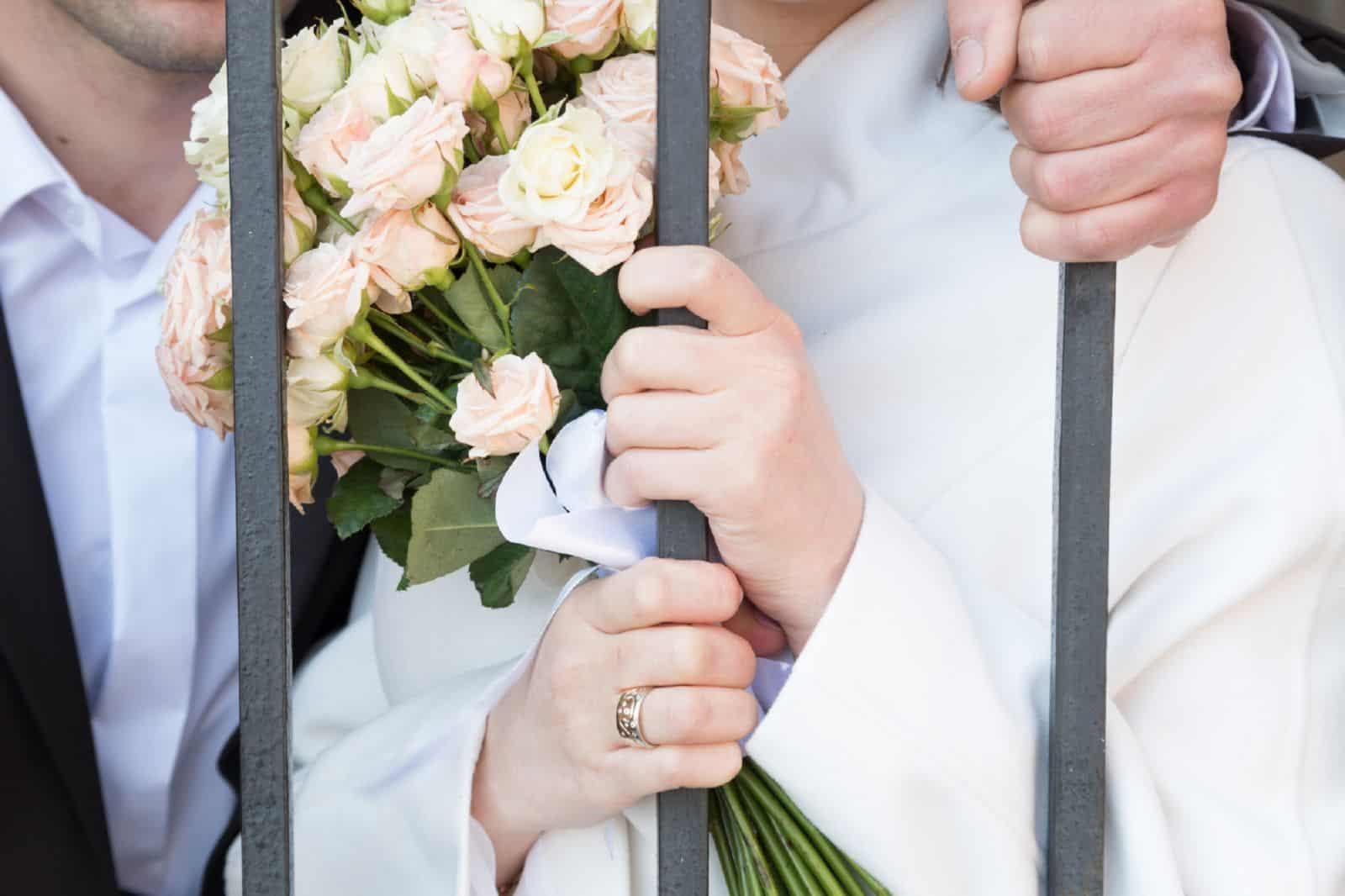 Роспись в тюрьме — как поженится за решеткой