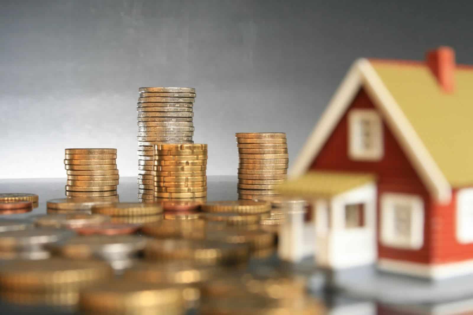 Как узнать свои задолженности по квартплате в Москве