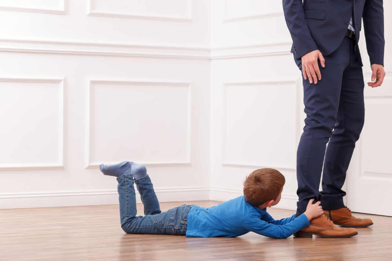 осуществление родительских прав родителем проживающим отдельно от ребенка