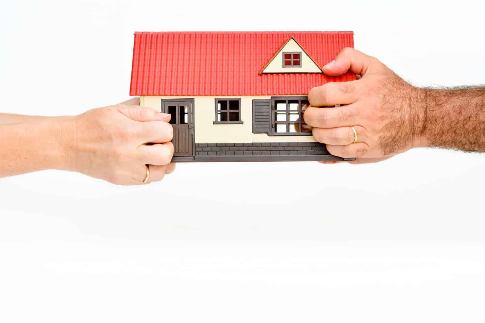 Как переоформить право собственности на земельный участок