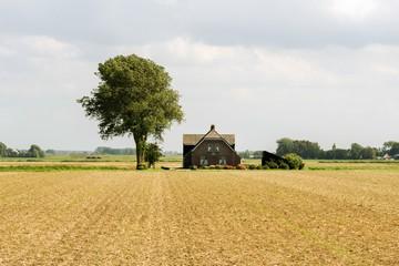 Статья 27. Ограничения оборотоспособности земельных участков
