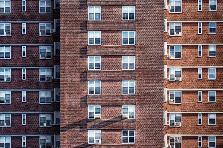 Риски при покупке квартиры с несовершеннолетними детьми