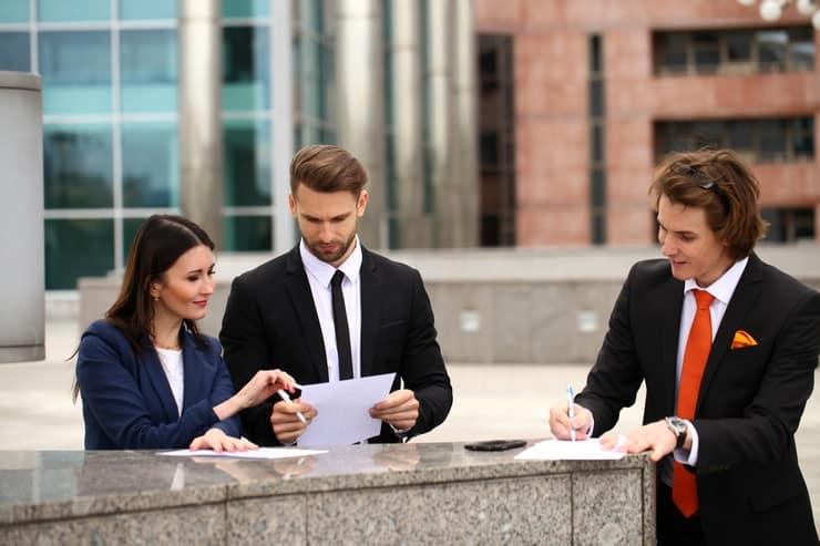Как происходит оспаривание сделок при банкротстве юридических лиц: законодательные нормы