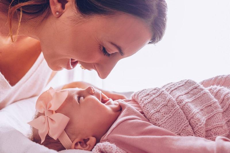 Пособия матерям одиночкам в 2019 году: какие положены выплаты и льготы?