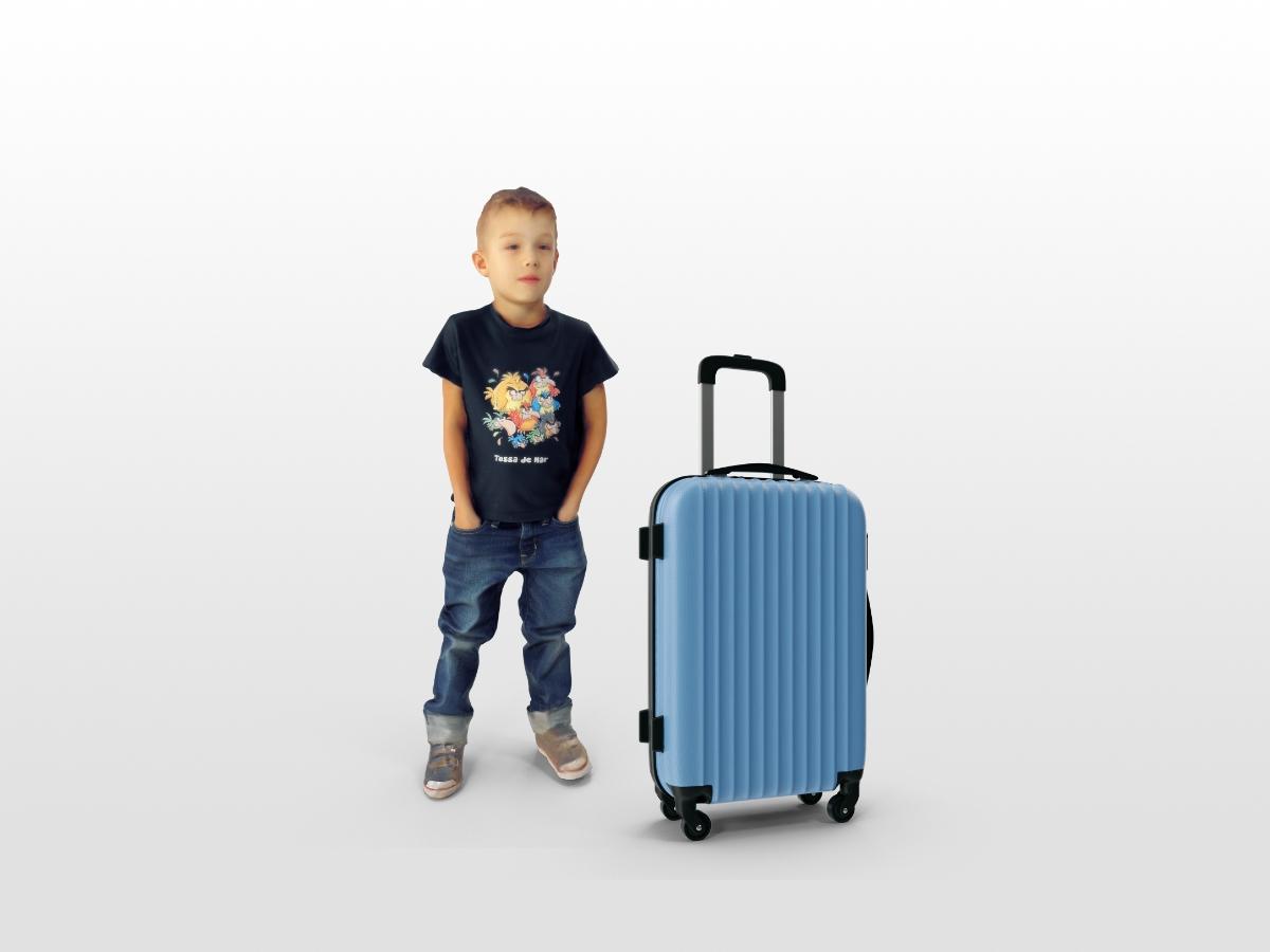 Можно ли лететь за границу несовершеннолетним без родителей